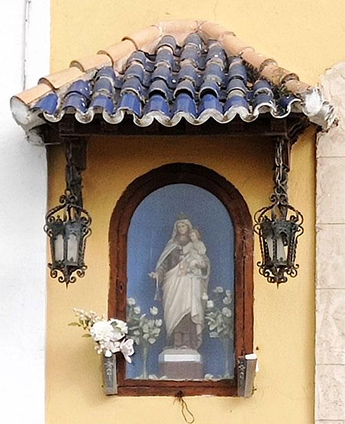 La Virgen del Carmen en el patrimonio urbano de El Puerto: el retablo de la Bajamar